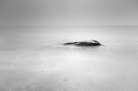 Staffin Bay by Grant Glendinning