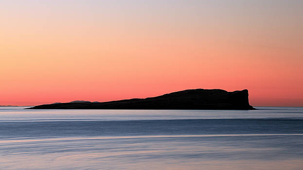 Staffin Bay Sunset by Grant Glendinning