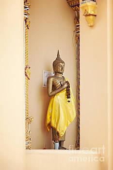 Sophie McAulay - Standing buddha statue