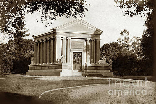 California Views Mr Pat Hathaway Archives - Stanford Tomb in the northwest of the Stanford University campus
