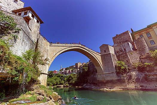 Elenarts - Elena Duvernay photo - Stari Most, old bridge, Mostar, Bosnia and Herzegovina