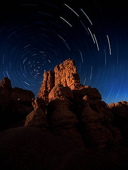 Stary Trails at Red Canyon by Edgars Erglis