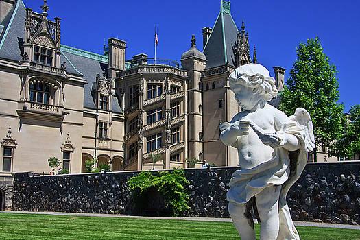 Jill Lang - Statue at Biltmore House