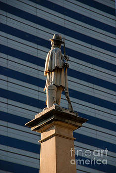 Susanne Van Hulst - Statue of a Soldier in Columbia South Carolina