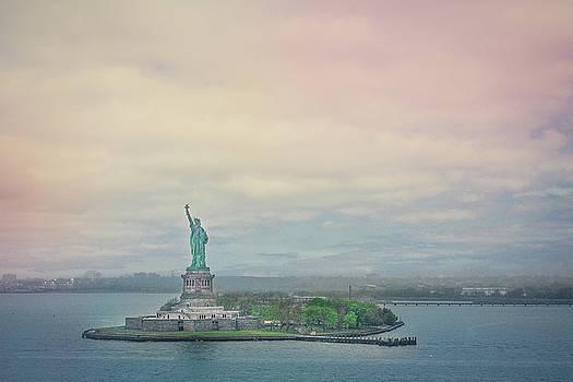 Elvira Pinkhas - Statue of Liberty