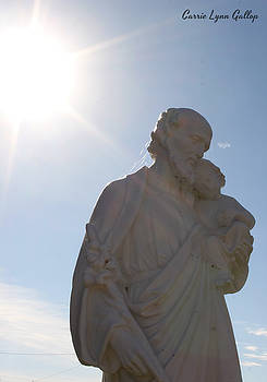 Statue with Sun by Carrie Gallop