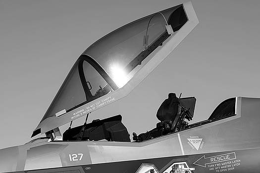Stealth Office - 2017 Christopher Buff, www.Aviationbuff.com by Chris Buff