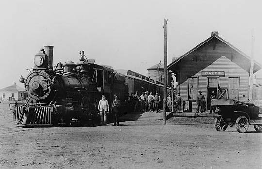 Chicago and North Western Historical Society - Steam Locomotive at Station in Oakes South Dakota