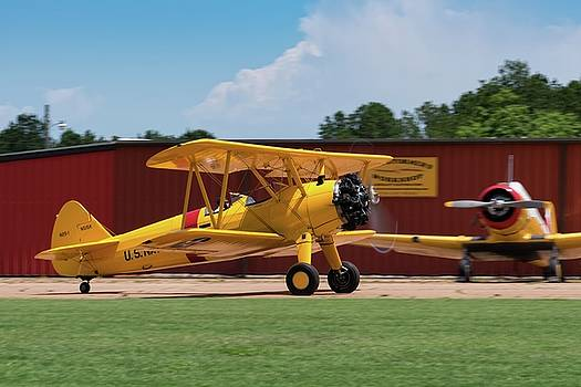 Stearman Arrival - 2018 Christopher Buff, www.Aviationbuff.com by Chris Buff