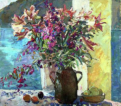 Stiil life with flowers by Juliya Zhukova