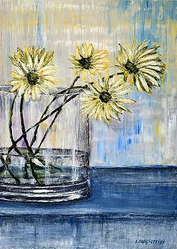 Still Life Daisies 1 by Dimitra Papageorgiou