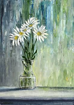 Still Life Daisies 2 by Dimitra Papageorgiou