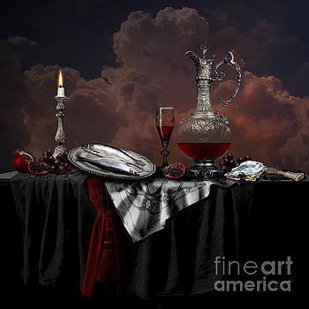 Alexa Szlavics - Still life with red wine