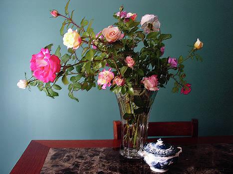 Still Life With Roses by Steve Karol