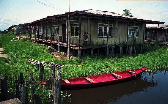 Muyiwa OSIFUYE - Stilt House in Ayetoro