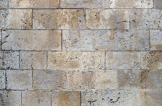 Eduardo Huelin - stone wall texture