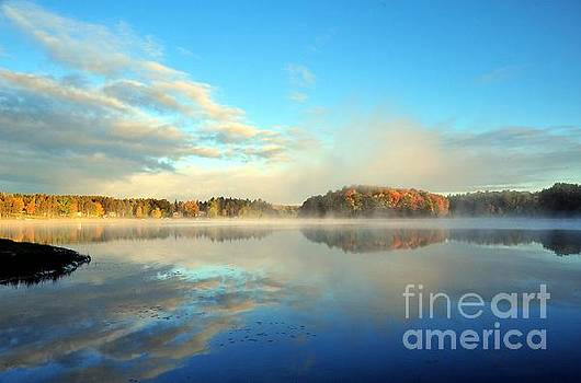 Terri Gostola - Stoneledge Lake Morning in October