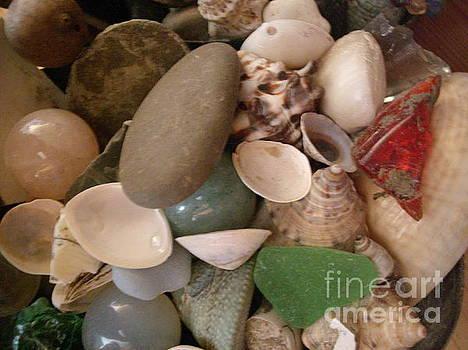 Stones and Stories V4 by Iris Newman