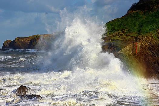 Storm Surge on Lantern Hill by Richard Marks