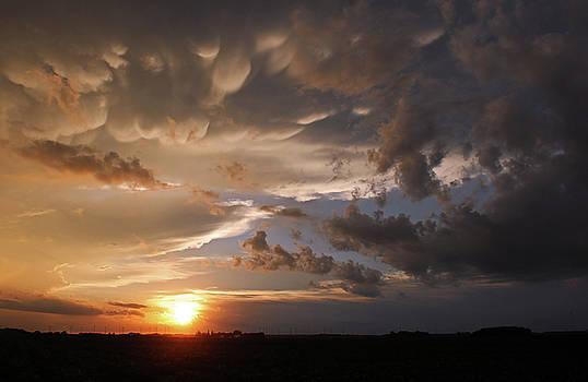 Stormy sunset by Steve Yezek