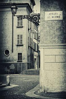 Silvia Ganora - Strada al Duomo - The road to the Duomo