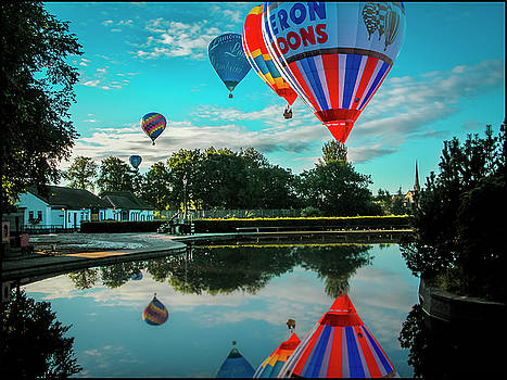 Strathaven Balloon Festival by Alex Saunders
