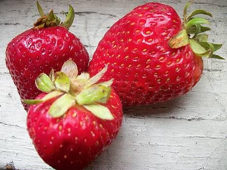 Strawberries by Jan Gilmore