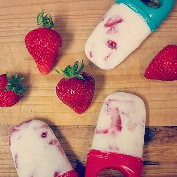 Strawberry Greek Yogurt Popsicles by Sophia Perez