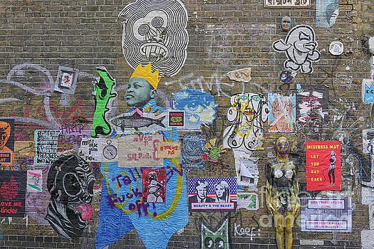 Patricia Hofmeester - Street art on Brick lane in London