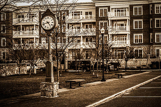 Street Clock in Occoquan by Andrew King