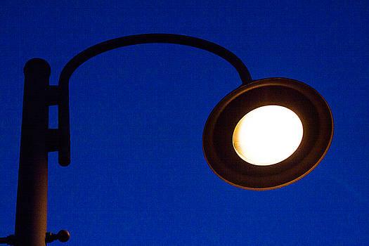 Street Lamp by Dan Lease