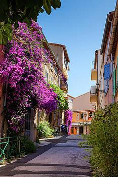 Street Saint Tropez by Elly De vries