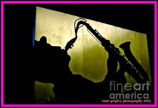 Tami Quigley - Street Sax