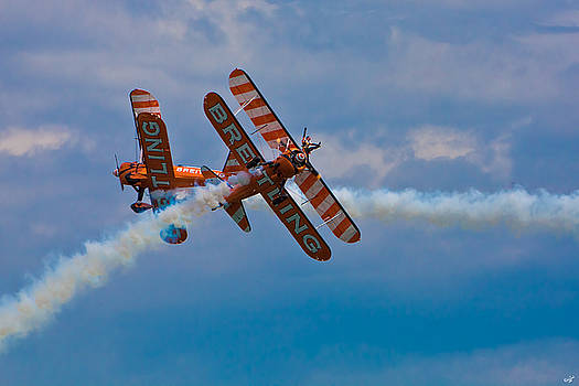 Chris Lord - Stunt Biplanes with Wingwalkers