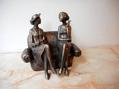 Sulpture of two woman by Nikola Litchkov