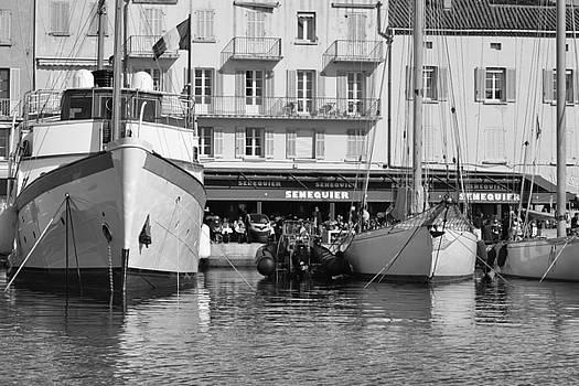 Summer Feelings Saint - Tropez by Tom Vandenhende