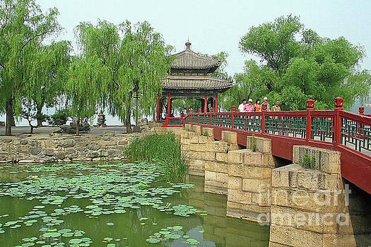 Teresa Zieba - Summer Palace Bridge