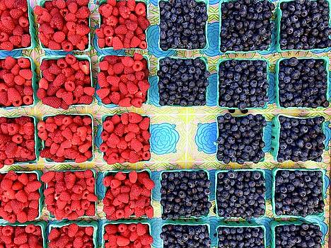 Summer Picnic Berries by Lexi Heft