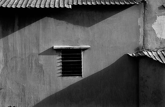 Summer window by Tran Minh Quan