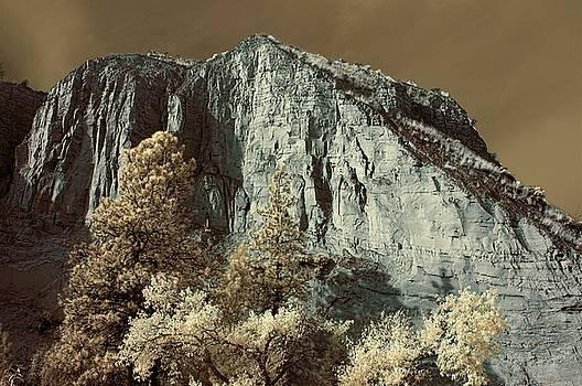 Bill Kellett - Summerland Cliffs