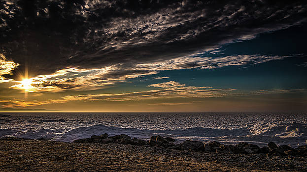 onyonet  photo studios - Sun Peeks Through