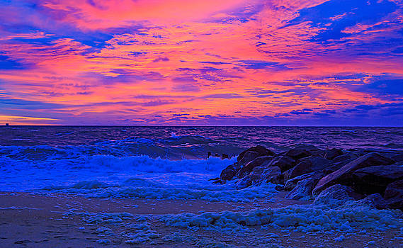 Allan Levin - Sun Rays Painted Sky