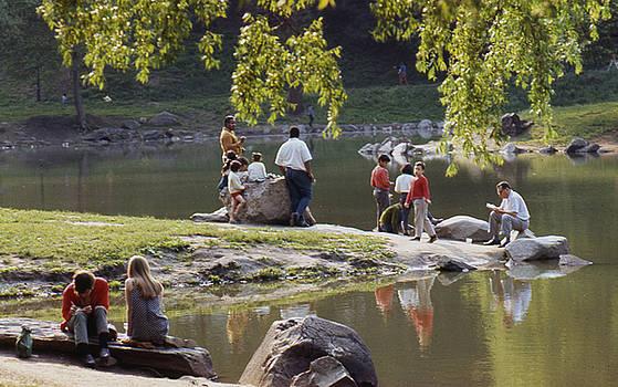 Sunday in the Park by Erik Falkensteen