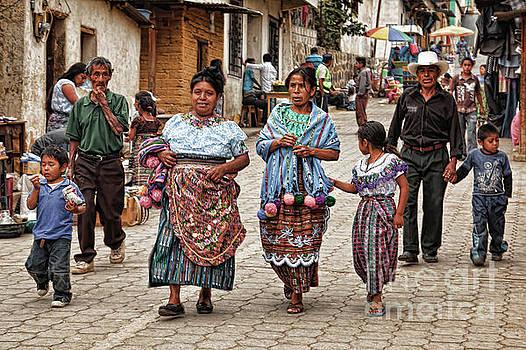 Tatiana Travelways - Sunday morning in Guatemala