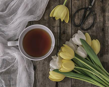 Kim Hojnacki - Sunday Morning Tea Time