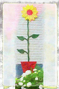 Sunflower  by Marilyn Cornwell