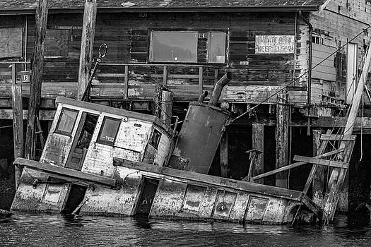Sunken Boat In Noyo Harbor In Black And White by Bill Gallagher