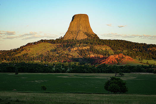 Sunrise at Devils Tower by Bill Gabbert