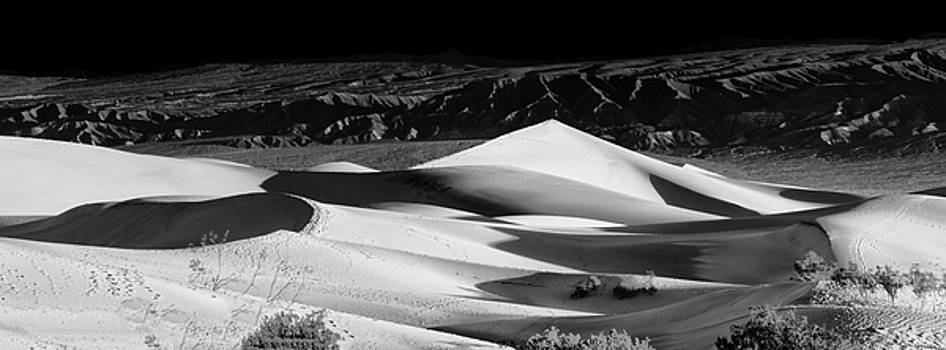 Sunrise at Mesquite Flat Sand Dunes Panorama by Gej Jones