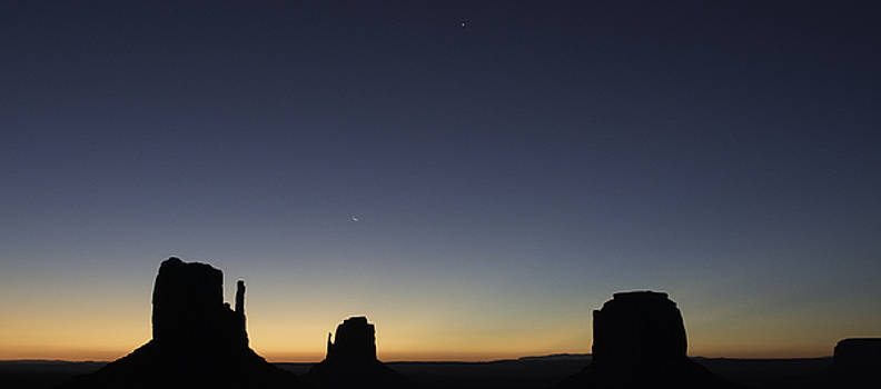 Sunrise at Monument Valley by Tony Fuentes